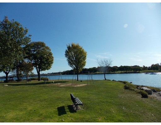 Hillcrest Ave, Beverly, MA 01915