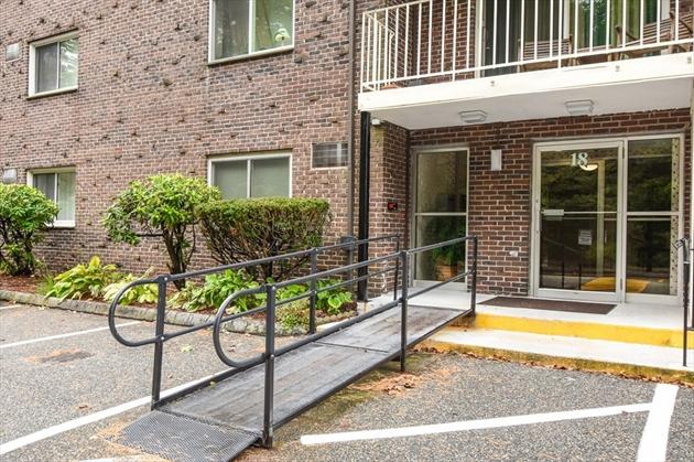 Picture 1 of 18 Hamilton Rd Unit 306 Arlington Ma  1 Bedroom Condo#