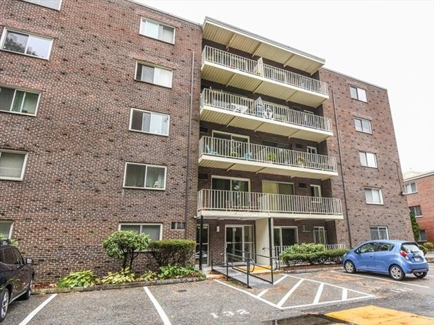 Picture 2 of 18 Hamilton Rd Unit 306 Arlington Ma 1 Bedroom Condo