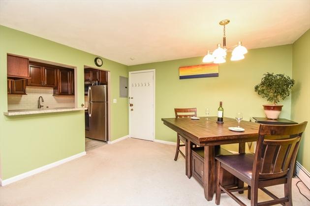 Picture 3 of 18 Hamilton Rd Unit 306 Arlington Ma 1 Bedroom Condo