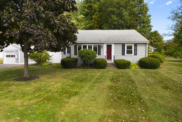 Picture 2 of 1 Point St  Natick Ma 2 Bedroom Single Family