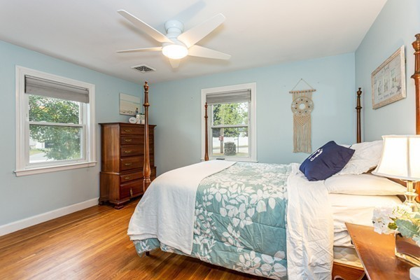Picture 12 of 1 Point St  Natick Ma 2 Bedroom Single Family