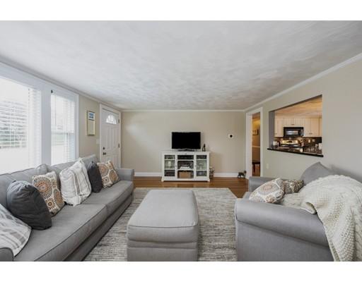 Picture 7 of 148 Lexington St  Newton Ma 3 Bedroom Single Family