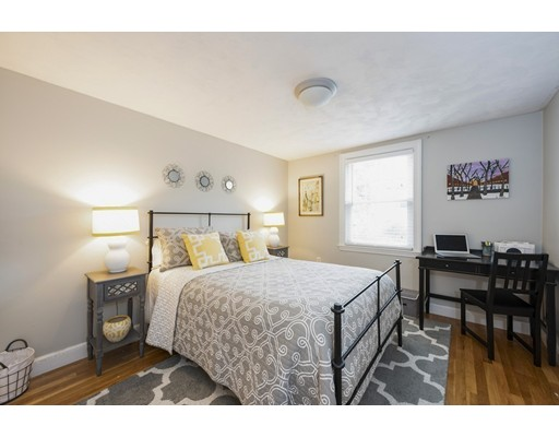Picture 11 of 148 Lexington St  Newton Ma 3 Bedroom Single Family