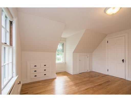 Picture 13 of 6 Timber Ln  Methuen Ma 3 Bedroom Single Family
