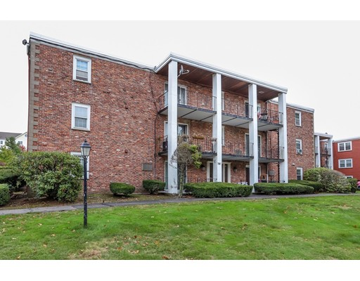 Picture 2 of 796 Willard St Unit D1 Quincy Ma 2 Bedroom Condo