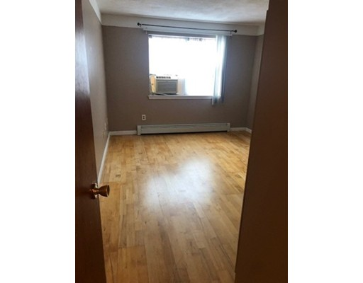Picture 2 of 12 Kenmar Dr Unit 78 Billerica Ma 1 Bedroom Condo