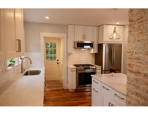 Picture 4 of 53 Maynard Unit 1st Arlington Ma 2 Bedroom Single Family
