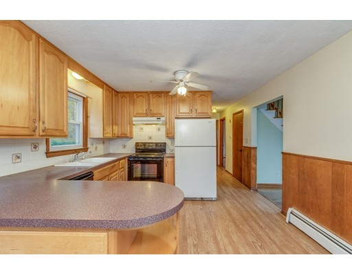 Picture 6 of 63 Cinderella Cir  Dracut Ma 3 Bedroom Single Family