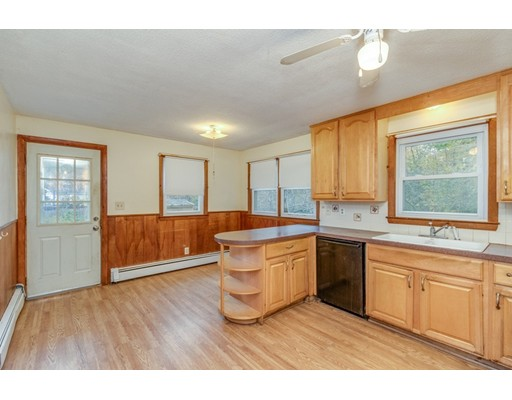 Picture 8 of 63 Cinderella Cir  Dracut Ma 3 Bedroom Single Family