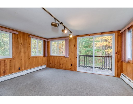 Picture 12 of 63 Cinderella Cir  Dracut Ma 3 Bedroom Single Family
