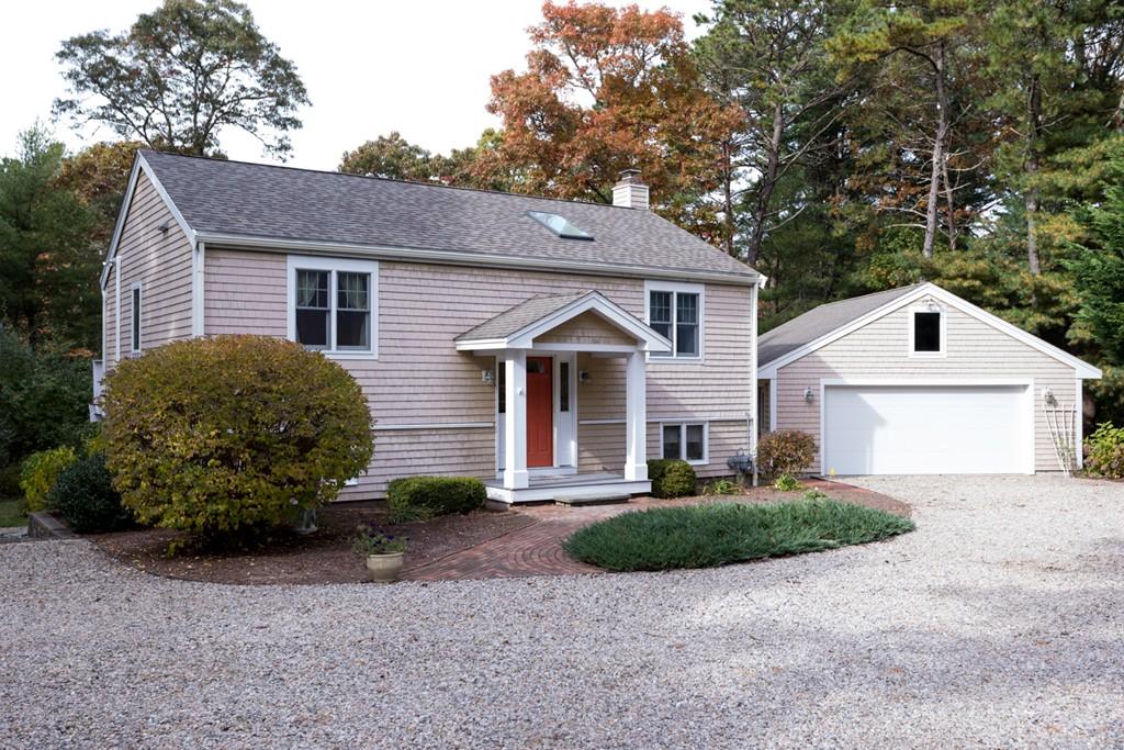 80 Walton Heath Way, Mashpee, Massachusetts