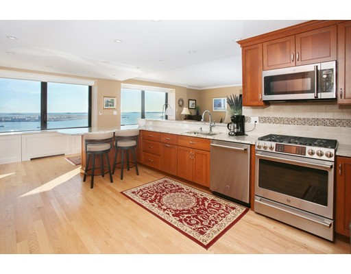 85 East India Row, 30 C - Waterfront, MA