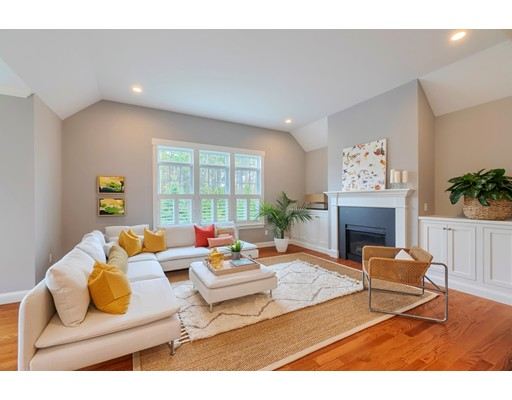 Picture 8 of 3 Sweet Birch Ln Unit 3 Concord Ma 3 Bedroom Single Family