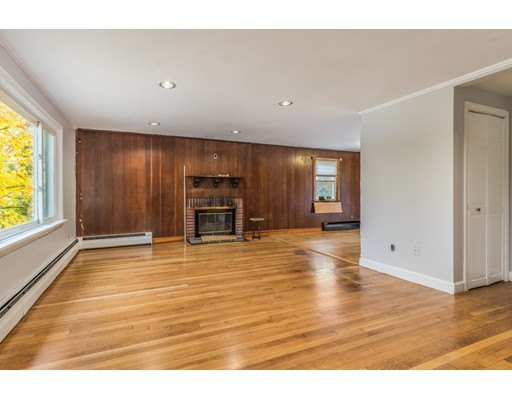 Picture 5 of 6 Irving St  Stoneham Ma 4 Bedroom Single Family