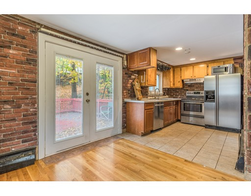 Picture 9 of 6 Irving St  Stoneham Ma 4 Bedroom Single Family