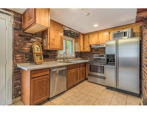 Picture 11 of 6 Irving St  Stoneham Ma 4 Bedroom Single Family