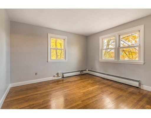 Picture 12 of 6 Irving St  Stoneham Ma 4 Bedroom Single Family