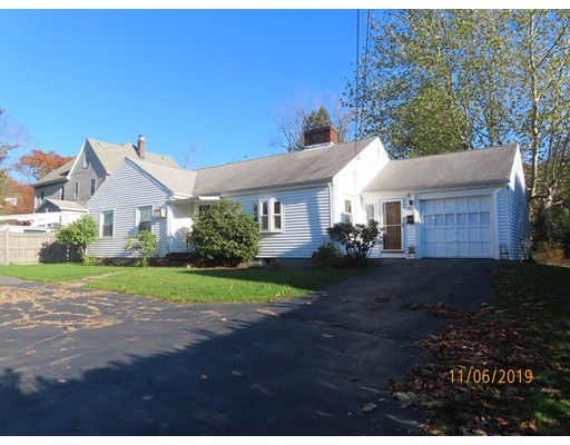 Picture 1 of 23 White Ave  Newton Ma  3 Bedroom Single Family#