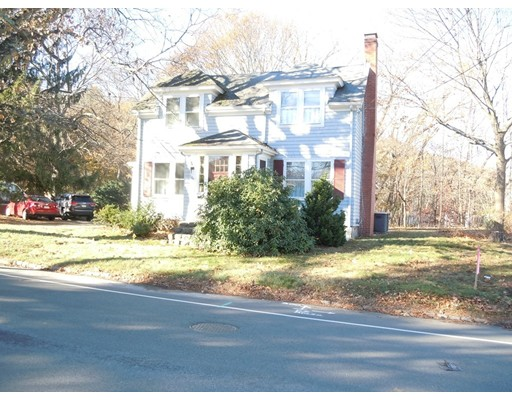 Picture 2 of 186 Pond St  Winchester Ma 3 Bedroom Single Family