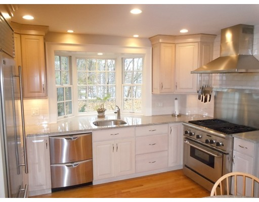 Picture 11 of 186 Pond St  Winchester Ma 3 Bedroom Single Family
