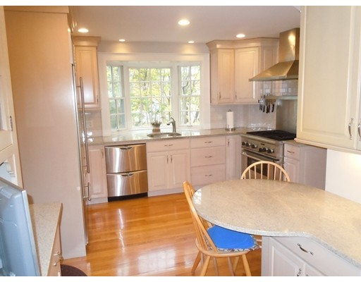 Picture 13 of 186 Pond St  Winchester Ma 3 Bedroom Single Family