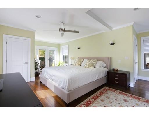 Picture 10 of 17 Hammond St Unit 1 Somerville Ma 3 Bedroom Condo