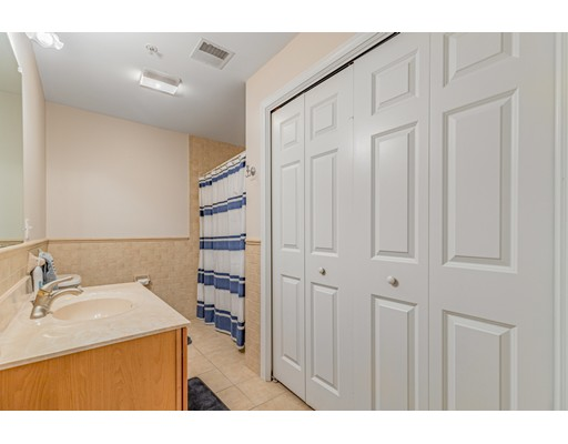 Picture 13 of 16 Willow St Unit 212 Melrose Ma 1 Bedroom Condo
