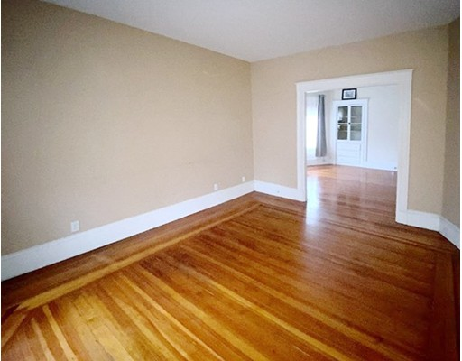 Picture 3 of 165 Walnut St Unit 2 Somerville Ma 2 Bedroom Condo