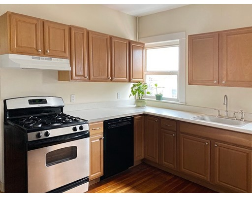 Picture 6 of 165 Walnut St Unit 2 Somerville Ma 2 Bedroom Condo