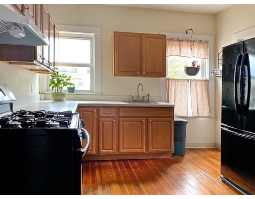 Picture 7 of 165 Walnut St Unit 2 Somerville Ma 2 Bedroom Condo