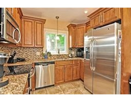 Picture 10 of 1 Pelican Rd  Quincy Ma 3 Bedroom Single Family
