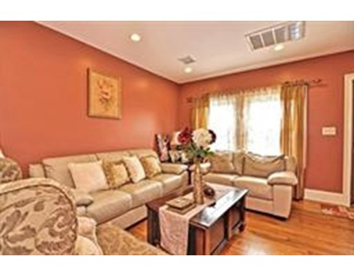Picture 13 of 1 Pelican Rd  Quincy Ma 3 Bedroom Single Family