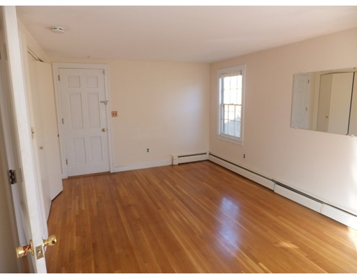 Picture 13 of 1122 Furnace Brook Pkwy  Quincy Ma 4 Bedroom Single Family