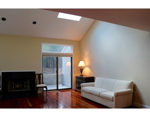 Picture 3 of 7 Wainwright Rd Unit 93 Winchester Ma 3 Bedroom Condo