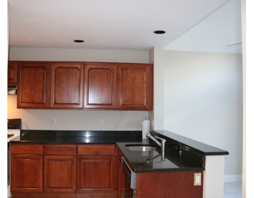 Picture 6 of 7 Wainwright Rd Unit 93 Winchester Ma 3 Bedroom Condo