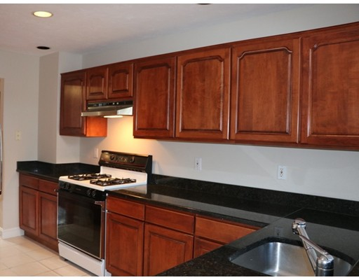 Picture 7 of 7 Wainwright Rd Unit 93 Winchester Ma 3 Bedroom Condo