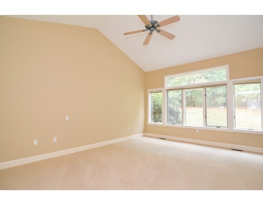 Picture 9 of 7 Wainwright Rd Unit 93 Winchester Ma 3 Bedroom Condo