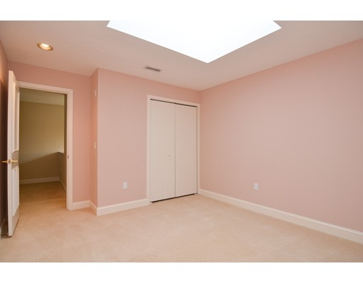 Picture 10 of 7 Wainwright Rd Unit 93 Winchester Ma 3 Bedroom Condo