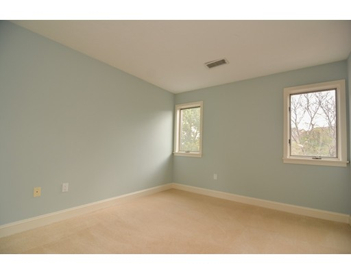 Picture 11 of 7 Wainwright Rd Unit 93 Winchester Ma 3 Bedroom Condo