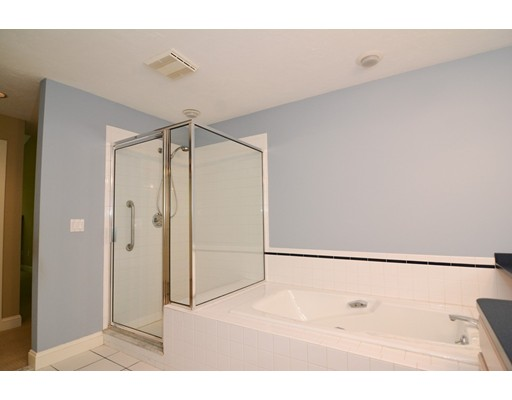 Picture 13 of 7 Wainwright Rd Unit 93 Winchester Ma 3 Bedroom Condo