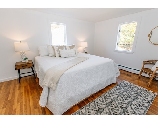 Picture 11 of 20 Knight Ave  Marblehead Ma 3 Bedroom Single Family