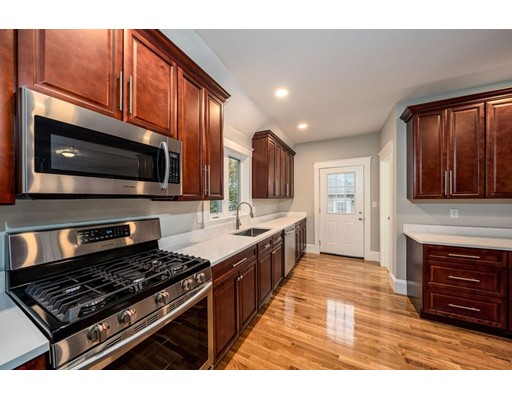 Picture 5 of 237 Franklin St  Quincy Ma 4 Bedroom Single Family