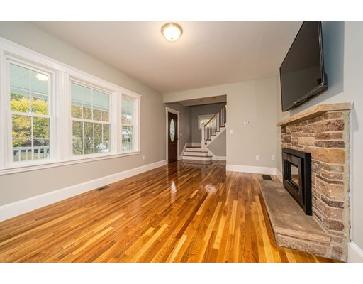 Picture 10 of 237 Franklin St  Quincy Ma 4 Bedroom Single Family