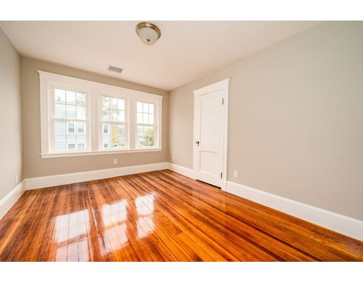Picture 12 of 237 Franklin St  Quincy Ma 4 Bedroom Single Family