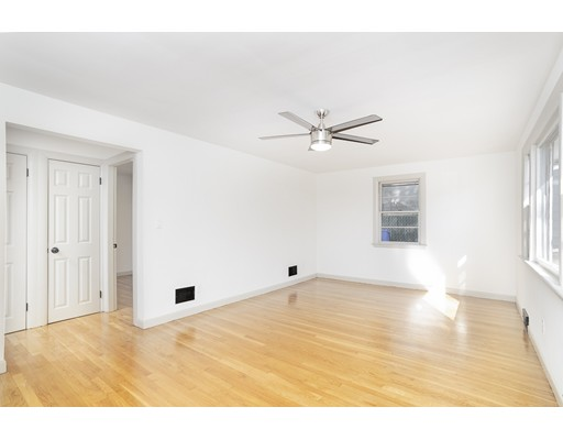 Picture 5 of 22 Charles St  Salem Ma 2 Bedroom Single Family