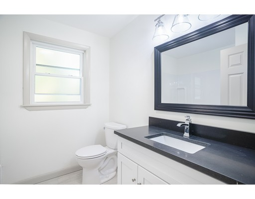 Picture 7 of 22 Charles St  Salem Ma 2 Bedroom Single Family