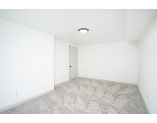 Picture 13 of 22 Charles St  Salem Ma 2 Bedroom Single Family