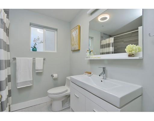 Picture 5 of 11 Ruthven St Unit 2 Boston Ma 4 Bedroom Condo