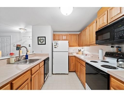 Picture 6 of 501 Lexington St Unit 79 Waltham Ma 1 Bedroom Condo